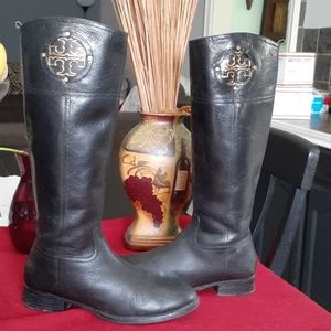 TORY  BURCH boots.
